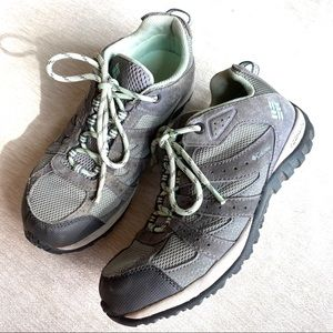 Columbia Redmond Hiking Shoes Gray Youth Size 5